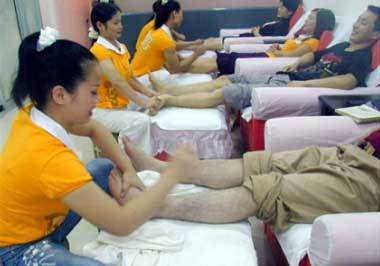 pages happy china foot massage